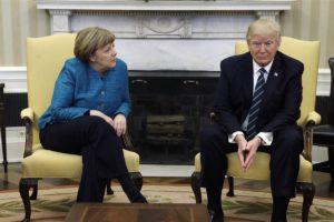 Linguaggio del corpo: Trump e Merkel